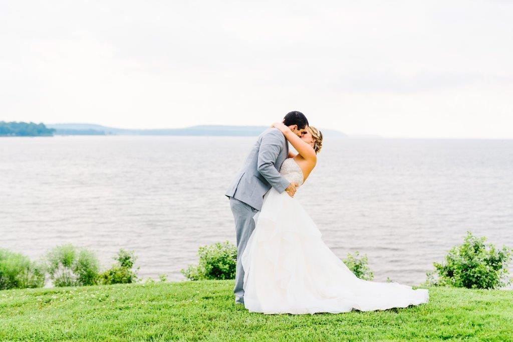 Carrona Waterfront Wedding at The Wellwood in Northeast Maryland (5)