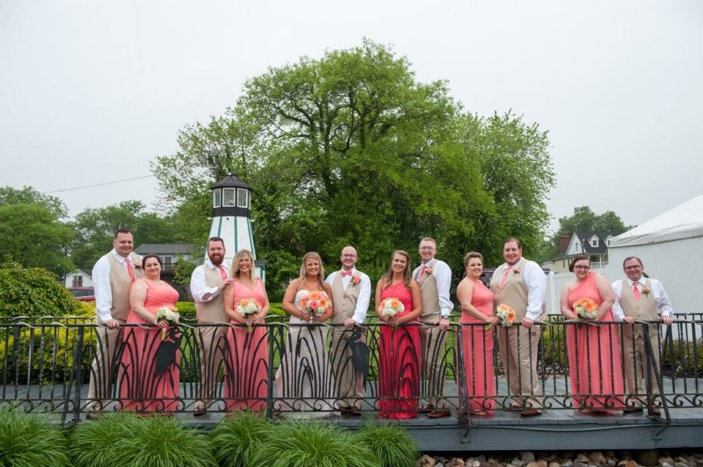 Lindsey Danny waterfront wedding at The Wellwood in Northeast Maryland (15)