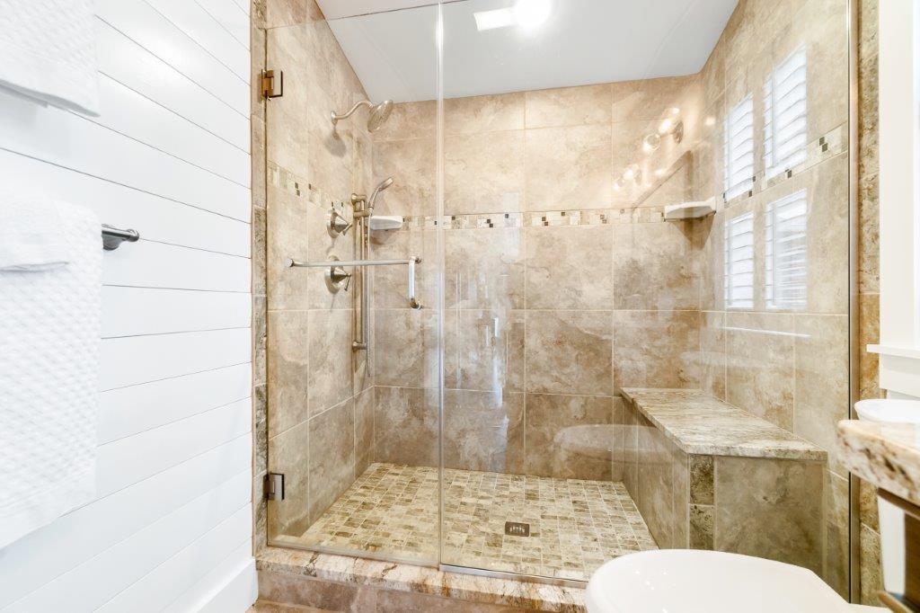 Key West Cottage bathroom 2 shower